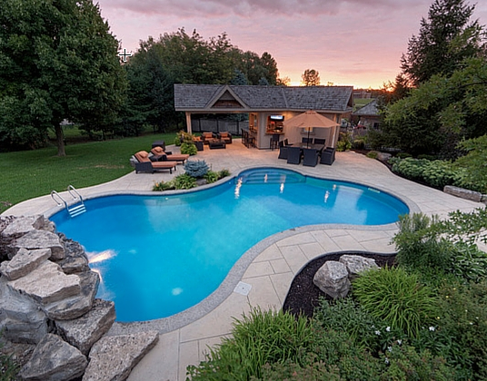 8 Awesome Reasons to Own a Swimming Pool